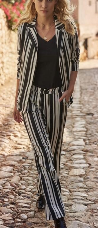 Gestreepte broek met wijde pijpen van Tramontana Que Pasa